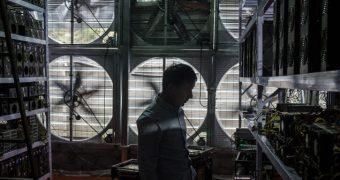 Галерея: как устроены китайские фермы для майнинга биткоинов
