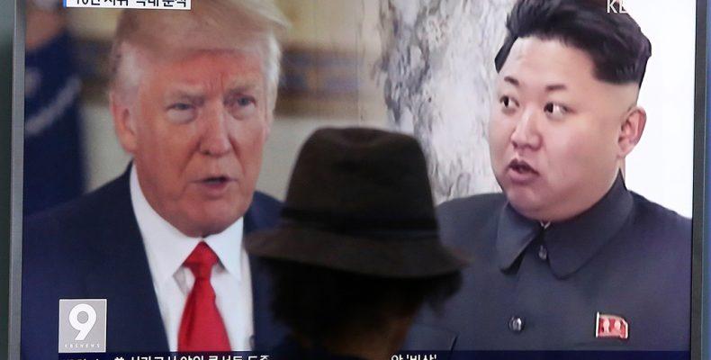 Трамп пообещал разобраться с «коротышкой с ракетой»